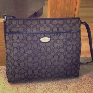 💕 Coach black gray fabric med crossbody bag 💕